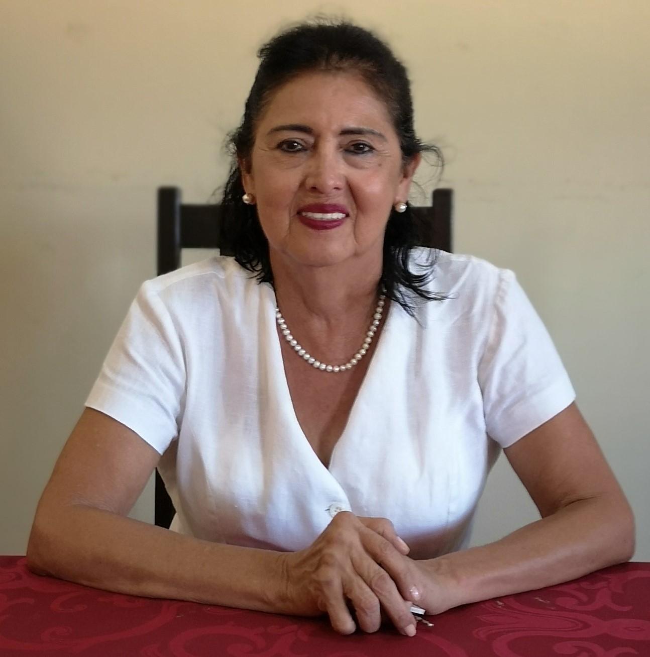 Dra. Aida Alarcón Tereba de Cabrera