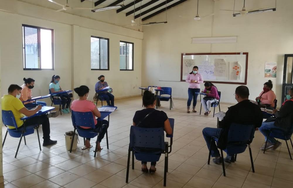 El TED Beni capacita a notarios electorales de Trinidad hasta el 3 de septiembre